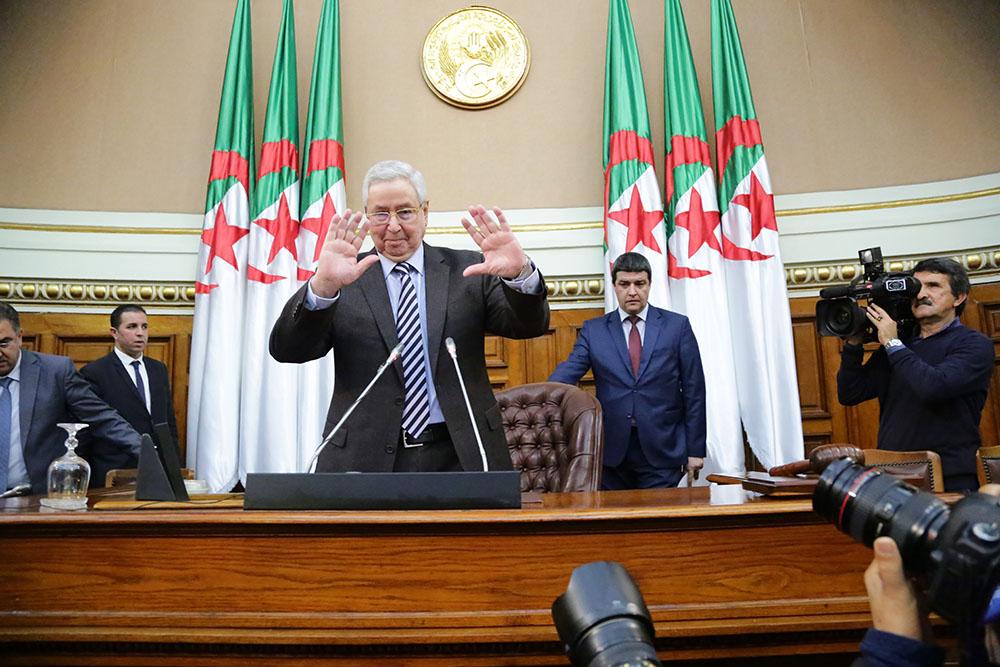 الأمين العام يهنئ رئيس البرلمان الجزائري