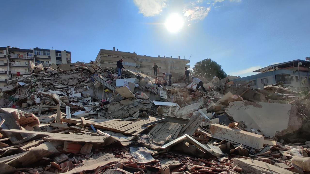 الأمين العام يعزى فى زلزال أزمير