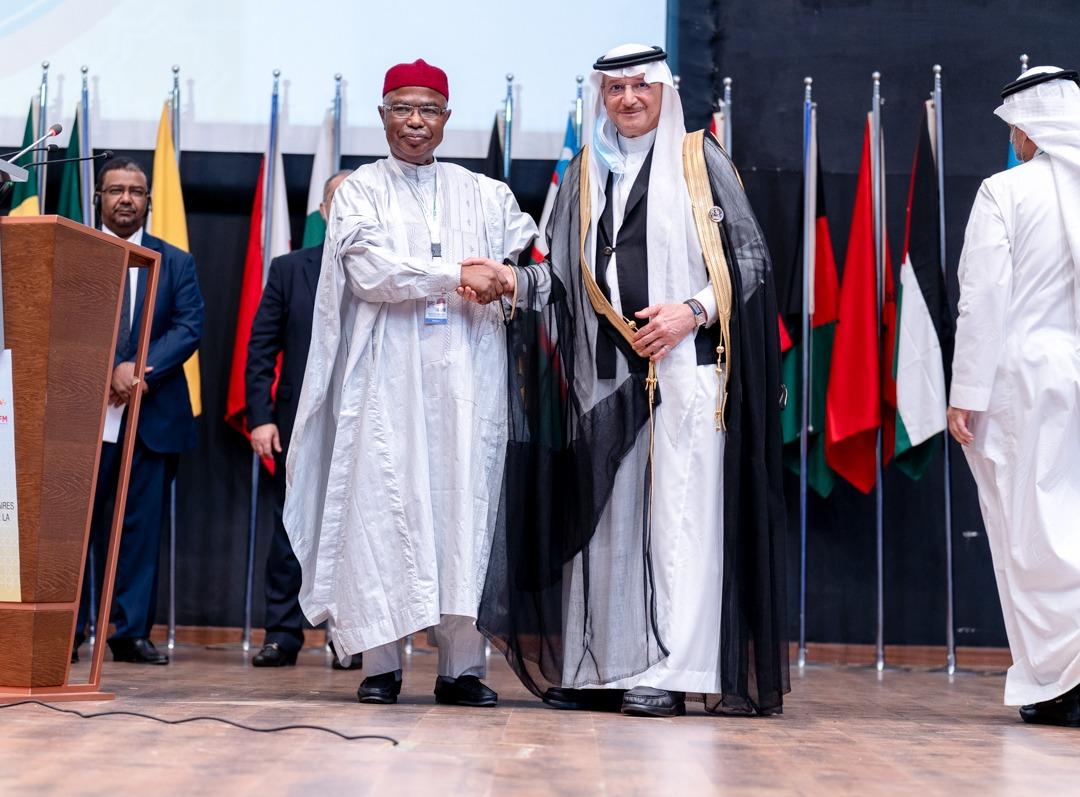 الأمين العام يهنئ الأمين العام لمنظمة التعاون الاسلامي