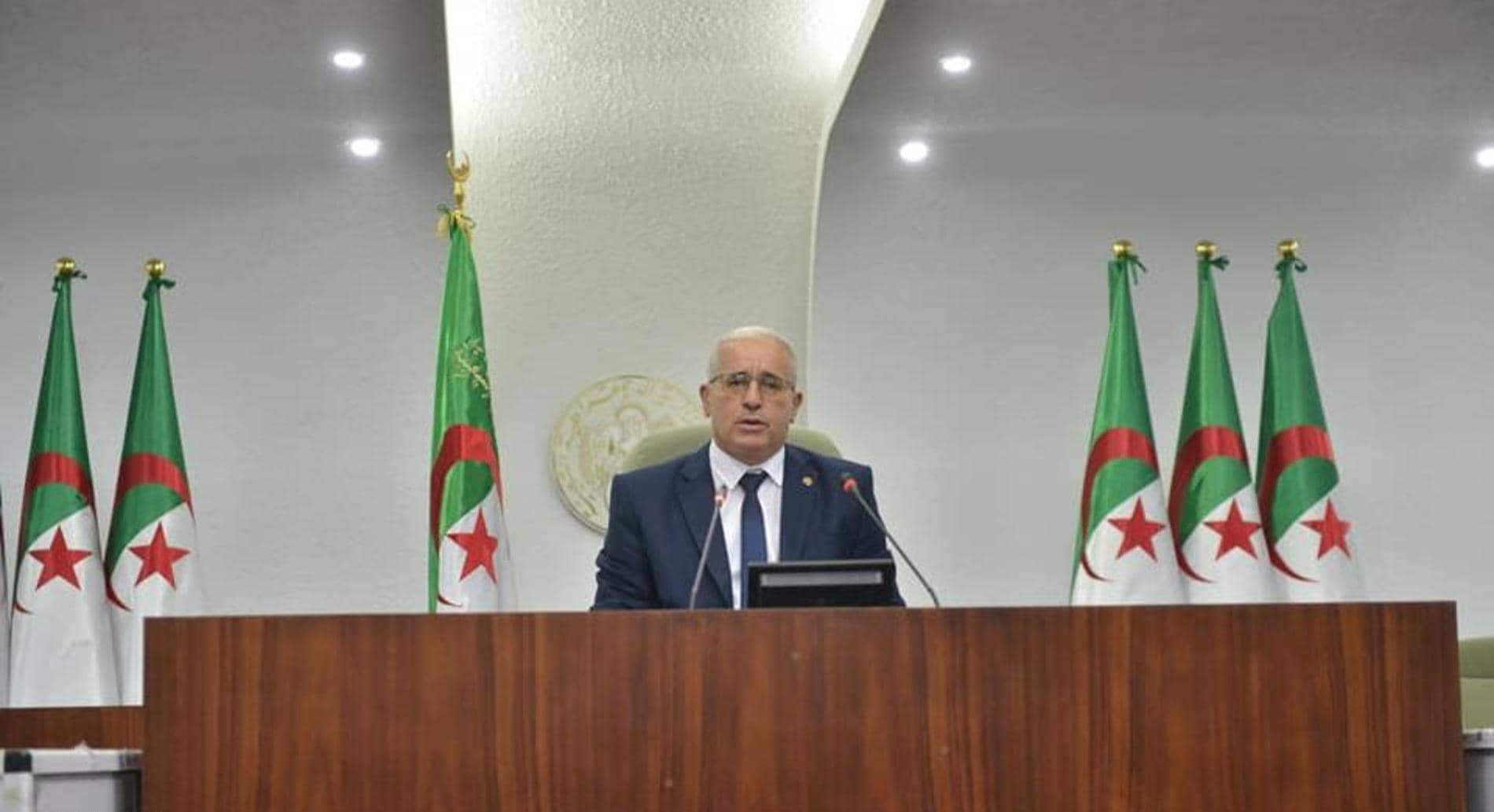 الأمين العام يهنئ رئيس المجلس الشعبي الجزائري