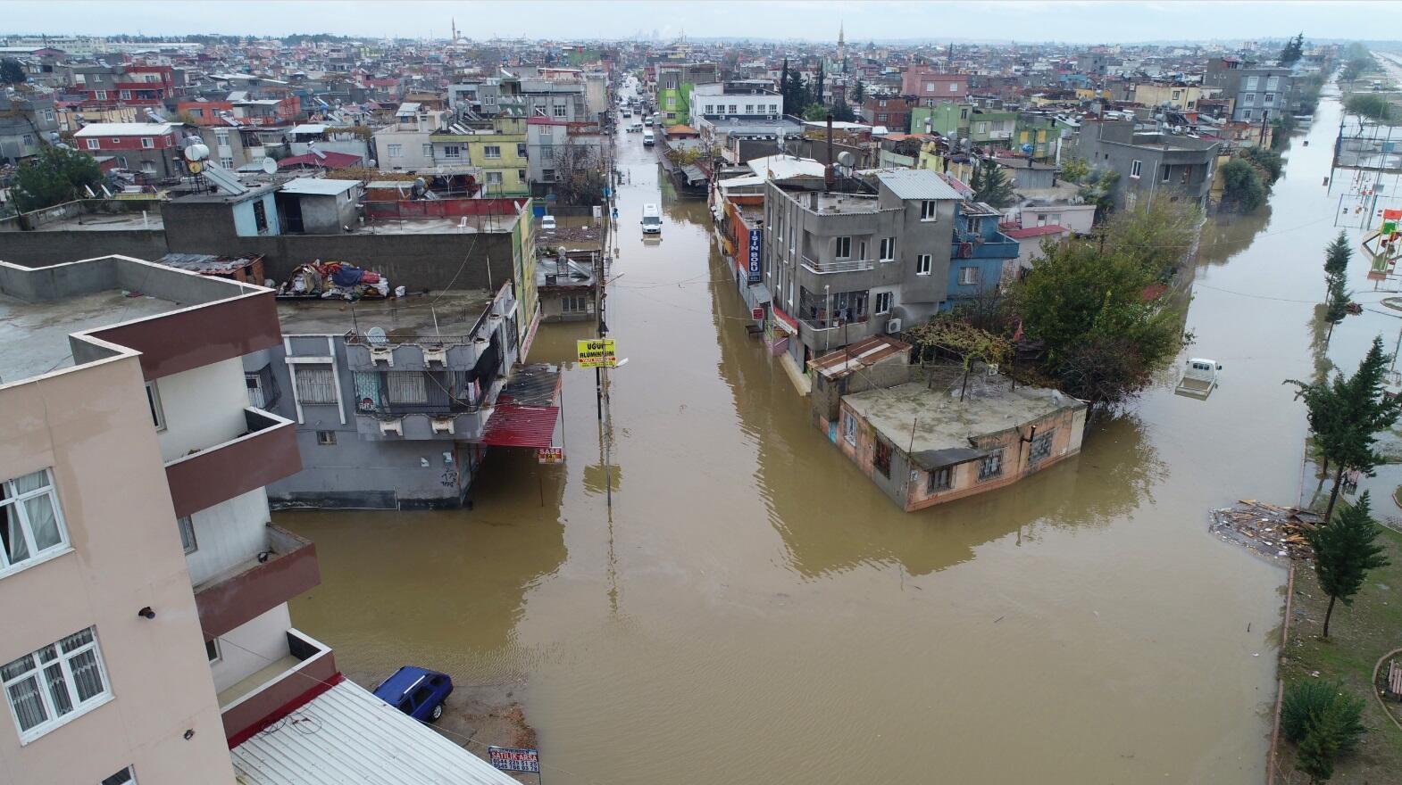 على إثر الفيضانات التى شهدتها تركيا: الأمين العام للاتحاد يعرب عن تضامنه مع تركيا