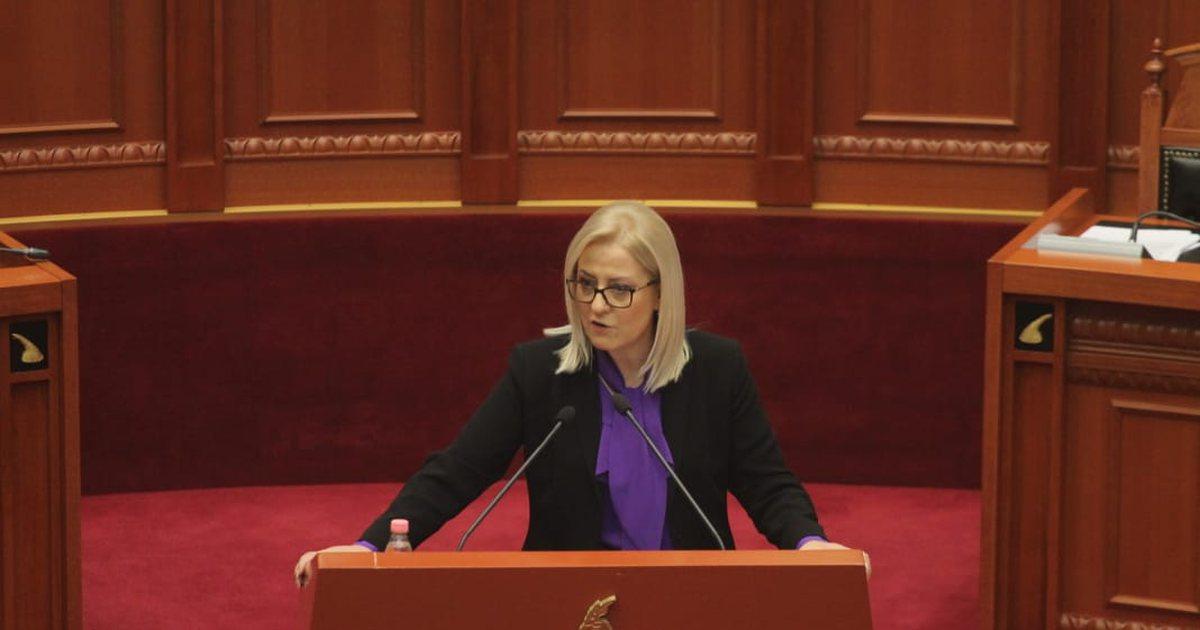 الأمين العام يهنئ رئيسة برلمان ألبانيا